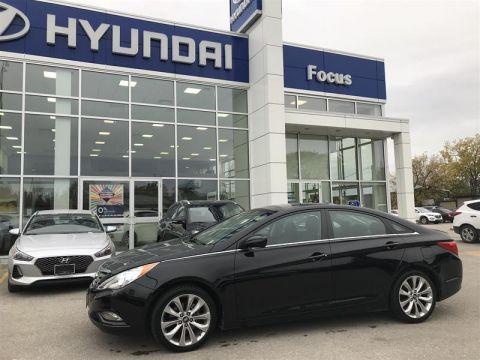 Pre-Owned 2013 Hyundai Sonata SE at