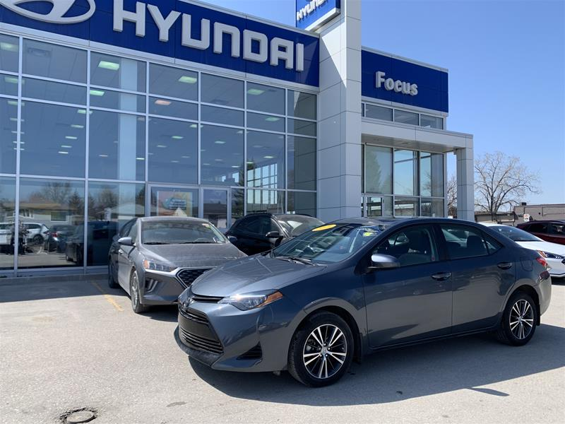 Pre-Owned 2019 Toyota Corolla 4-door Sedan LE CVTi-S