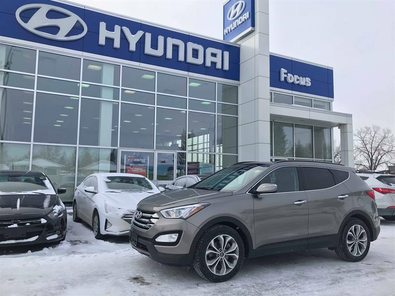 Pre-Owned 2015 Hyundai Santa Fe Sport 2.0T AWD Limited