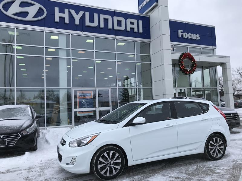 Pre-Owned 2016 Hyundai Accent (5) SE