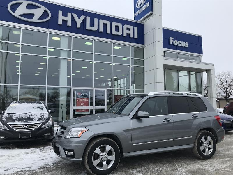 Pre-Owned 2012 Mercedes-Benz GLK350 4MATIC