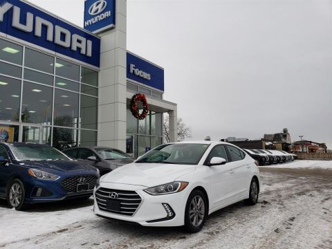 Pre-Owned 2017 Hyundai Elantra Sedan GL
